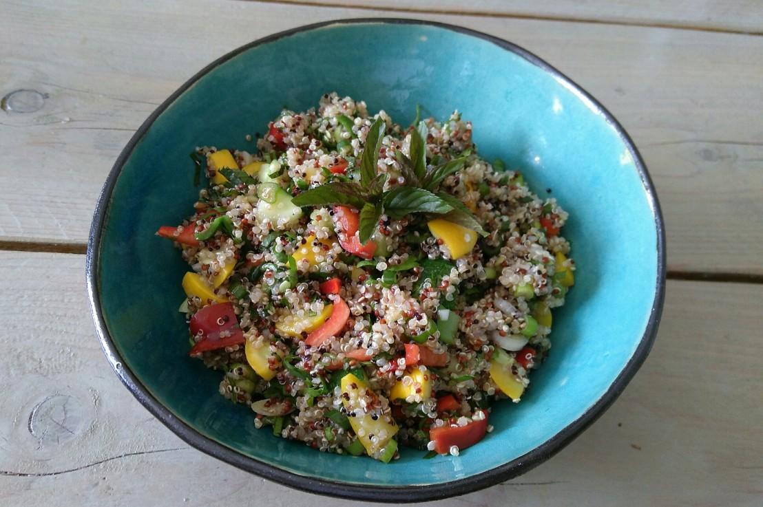 ** Quinoa Salat mit Zucchini**