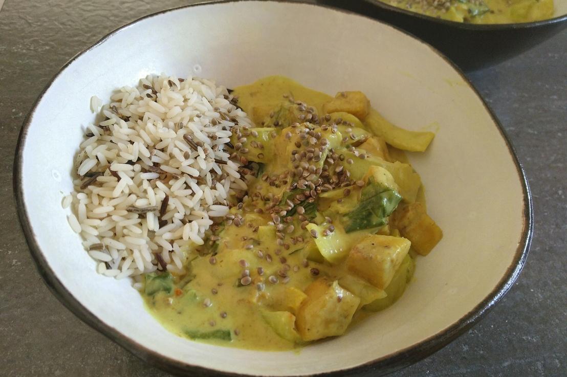 Kochbananen Curry mit PakChoi