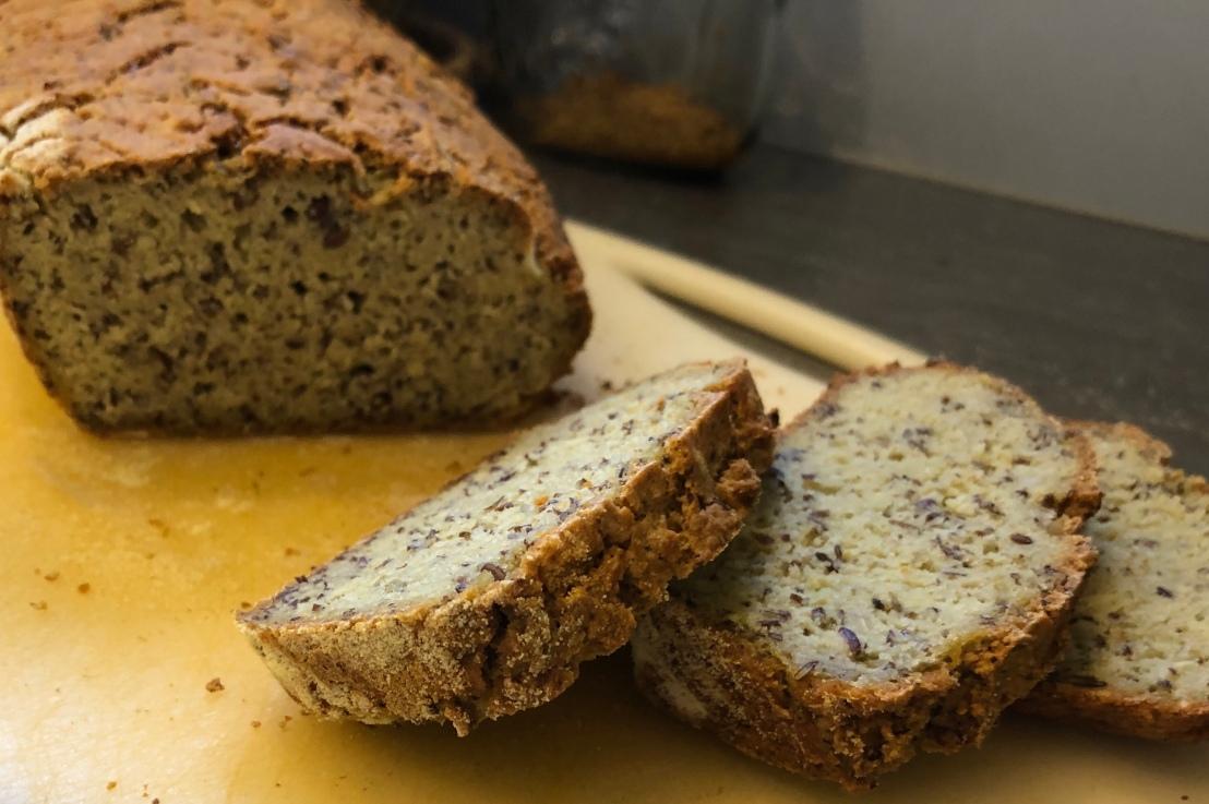 Brot aus Mais-, Linsen- und Erbsenmehl(gf)