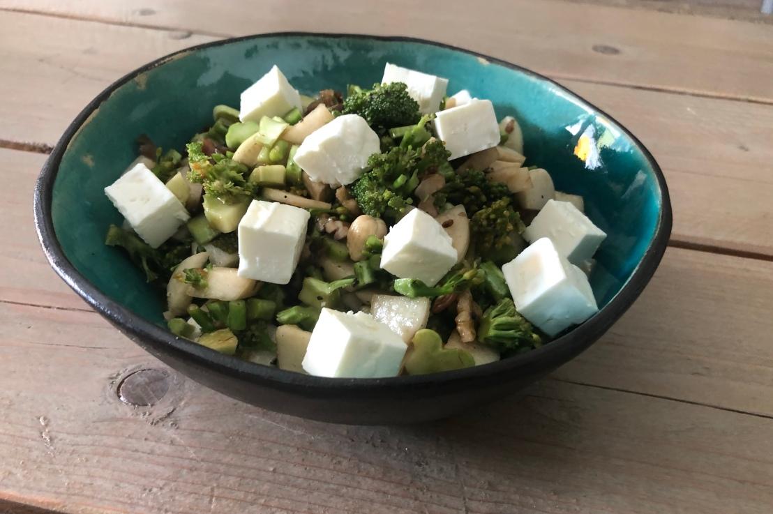 Brokkoli Rettich Salat